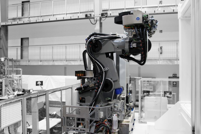 The PowerRACe is the stiffest robot on the market. As an own development of Broetje-Automation it can be adapted to various industrial manufacturing processes.